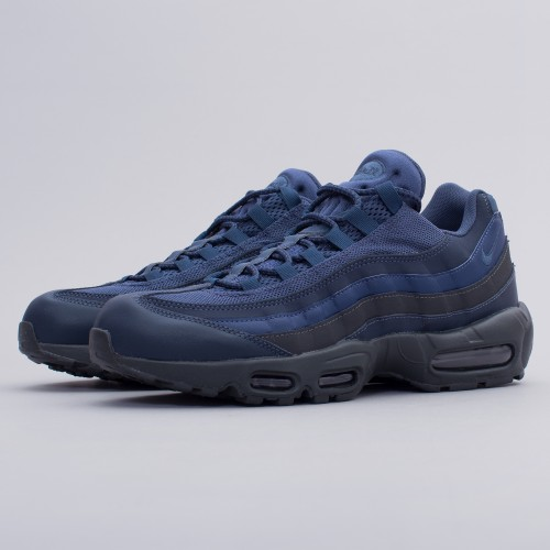 buy online 374b6 d917c Nike Mens Air Max 95 Essential Squadron Blue Trainers Size UK 6 7 749766400